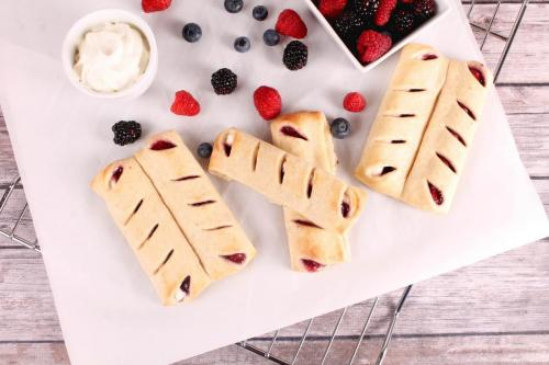 A35049 Berries and Cream Twin
